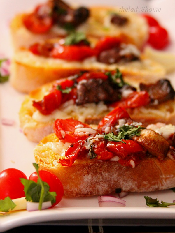bruschetta lined up